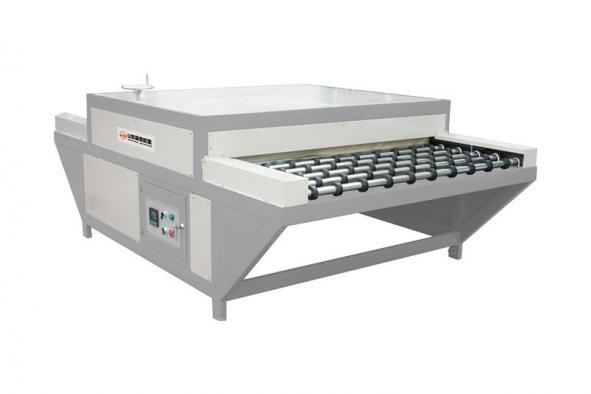 Glass heating roller pressing machine