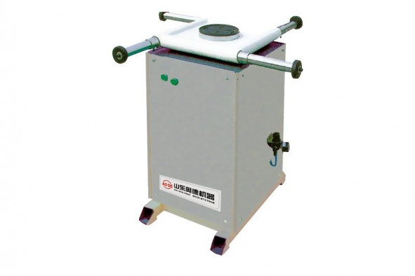 Rotated sealant-spreading table